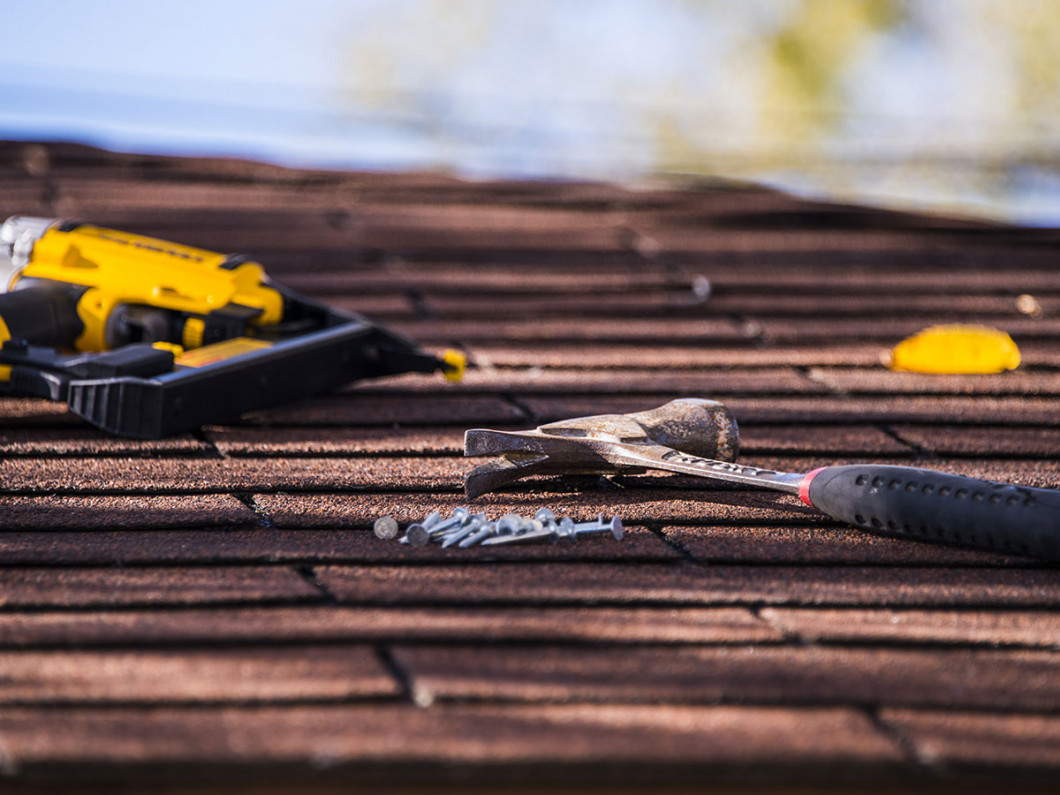 CALL US FOR ROOF REPAIRS IN LA VERNIA, SEGUIN, SAN ANTONIO & FLORESVILLE, TX AREAS